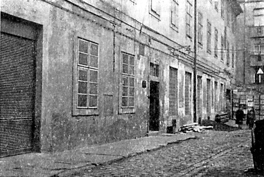 Průčelí dvora a budovy v Panské ulici v roce 1953